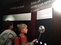 En el museo aprendiendo