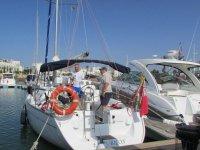 帆船在港帆船在穆尔西亚海岸