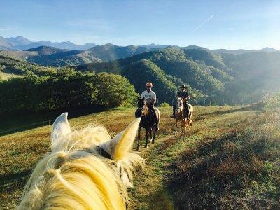 Horse-riding route at historic Liébana 1h