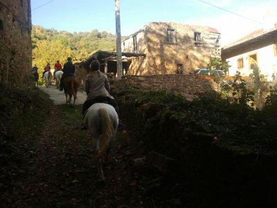 Horse-riding route at Picos de Europa, 2h