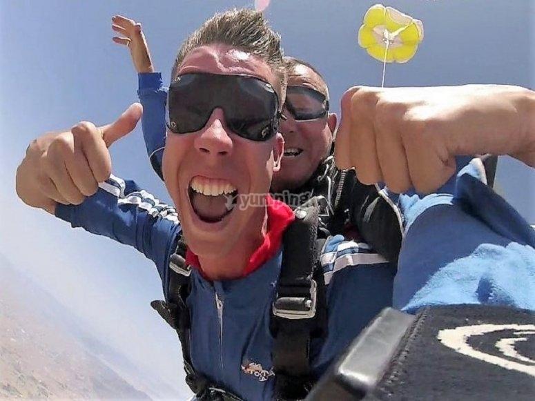 Tandem parachute over Totana