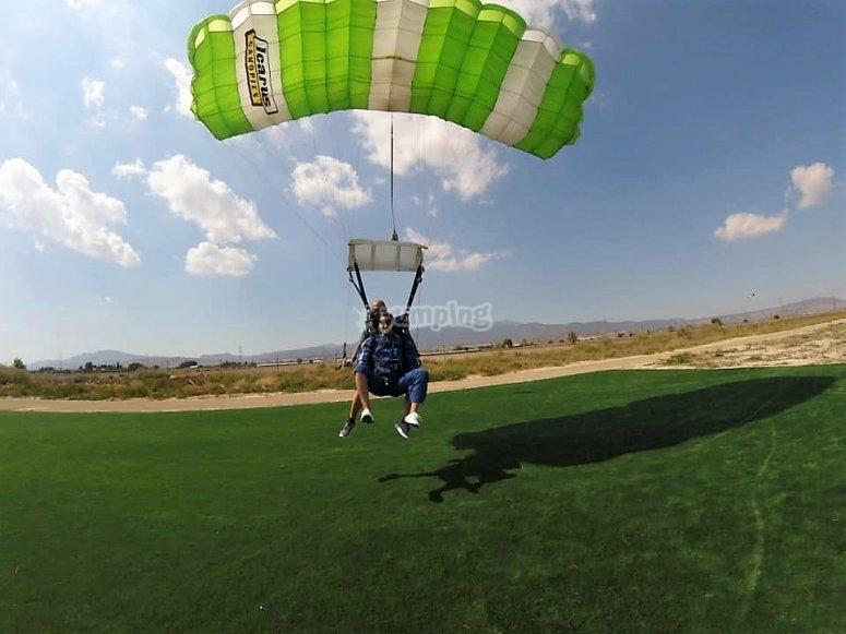 Parachuting in the Totana´s airfield