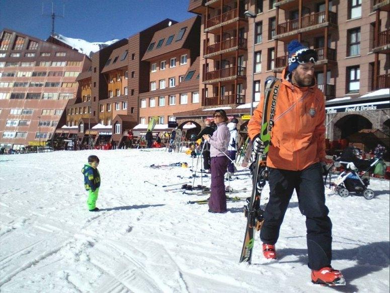 en la estacion de esqui.