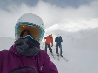 esquiando en compania