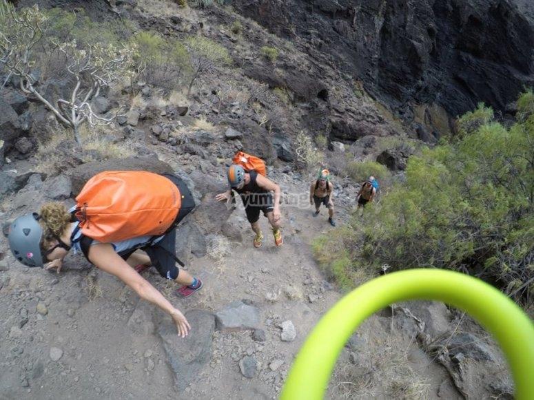 Subiendo al Teide por terrenos verticales