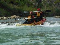 Un rápido con el kayak