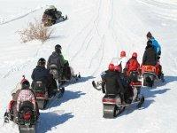 Ruta en moto de nieve al anochecer Huesca 1 hora