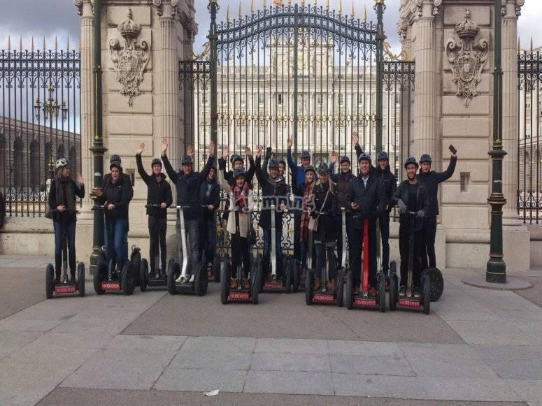 En las puertas del Palacio Real
