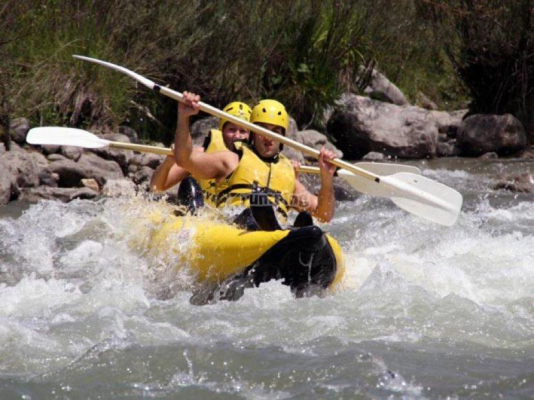 """Travesia open kayak en Campo 9 km"""
