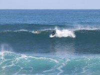 En una ola