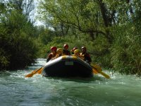 Remando a bordo del raft