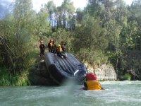 Juegos durante el descenso en rafting