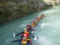 En el agua durante el descenso