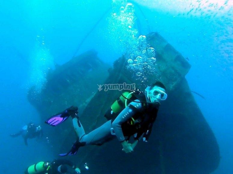Diving next to a sunken ship