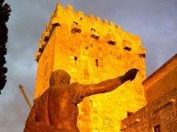 塔拉戈纳纪念碑