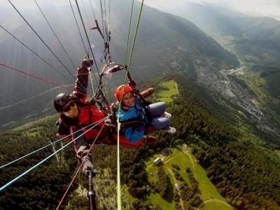 Vuelo en parapente tándem en Viella Pirineos