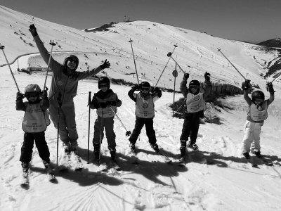 Curso de iniciación en esquí 6 días para niños