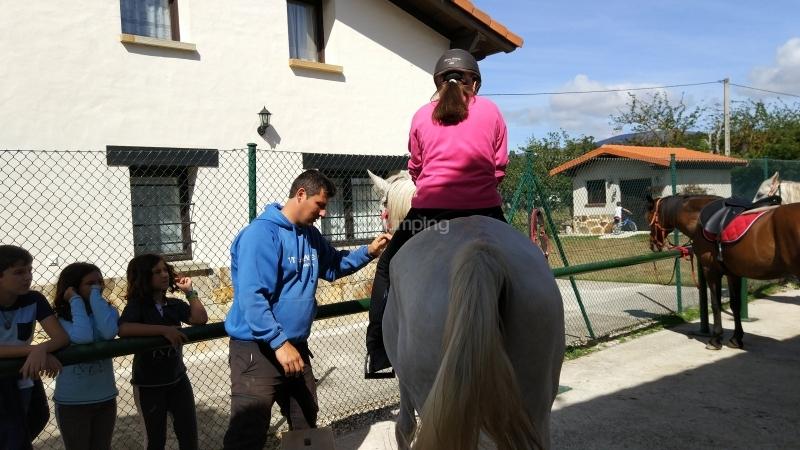 res_o-38333-rutas-a-caballo_de_jose-ignacio-grijalbo-herrero_15044653394234.jpg