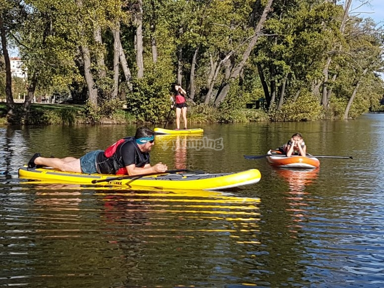 Travesia de paddle surf en rio