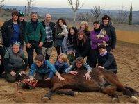 Disfrutando del caballo en familia