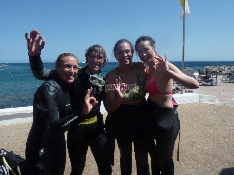 Buceadoras en Menorca