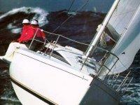 Velero durante la navegacion
