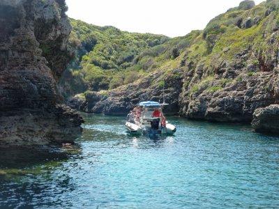 Excursión en semirrígida Costa Sur de Menorca 2h