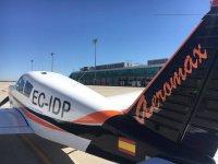 Avion en la pista de Valladolid