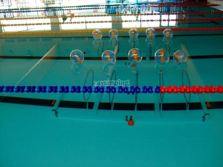 Material para entrenamiento en piscina