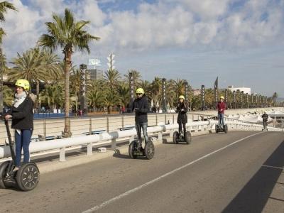 Segway代步车游览纪念碑巴塞罗那2小时30分钟