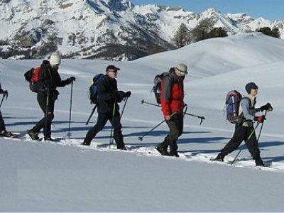 Escuela de Esqui Arropaje Raquetas de Nieve