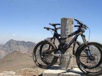 Mountain bike parcheggiate