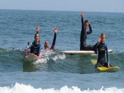 Escuela de Surf Las Dunas  Campamentos de Surf