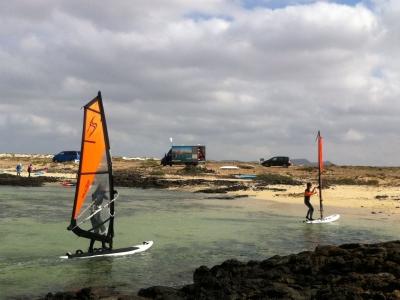 在Tinajo进行风帆冲浪3天