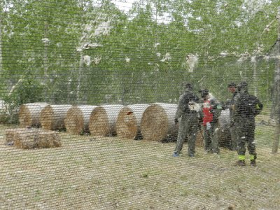 Caccia al tesoro in canoa con paintball