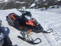Moto de nieve preparada