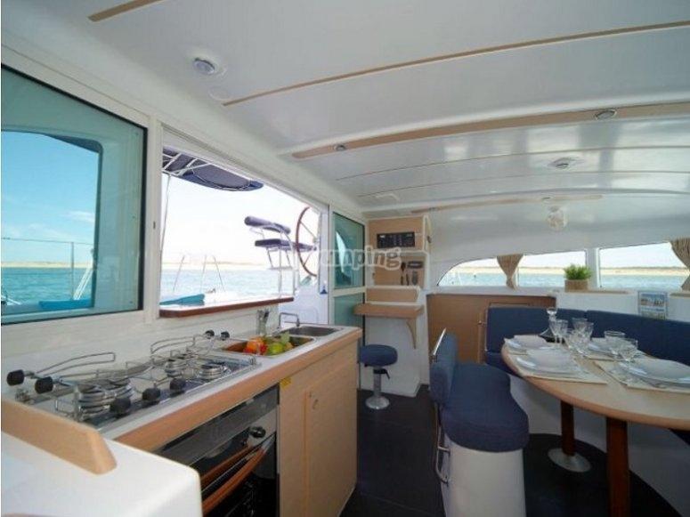 Cocina del catamaran