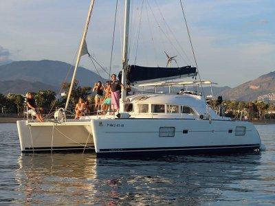 私人双体船租船马贝拉周末