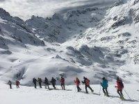 格雷多斯的雪鞋行走路线和照片 5-6 小时
