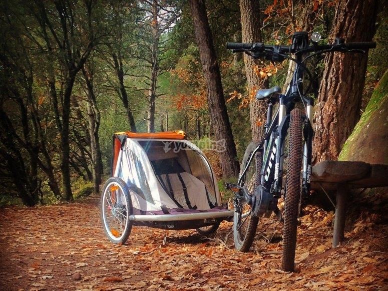 海滨山地自行车折叠式婴儿车