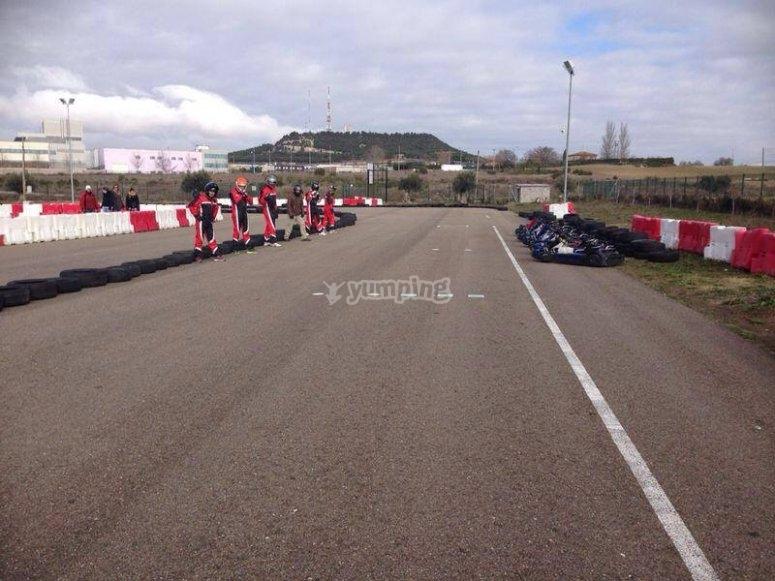 Dritto del circuito di kart