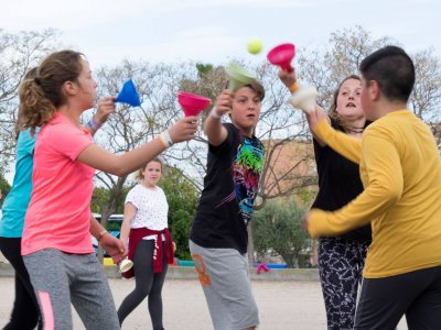 Campamento multiaventura en Sinarcas Pascua 5 días