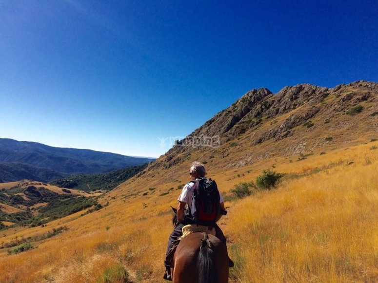 Horse ride journey in Leon