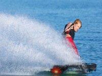 Haciendo wakeboard en Oliva