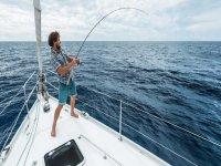 Pesca deportiva desde charter en la Costa de Valencia