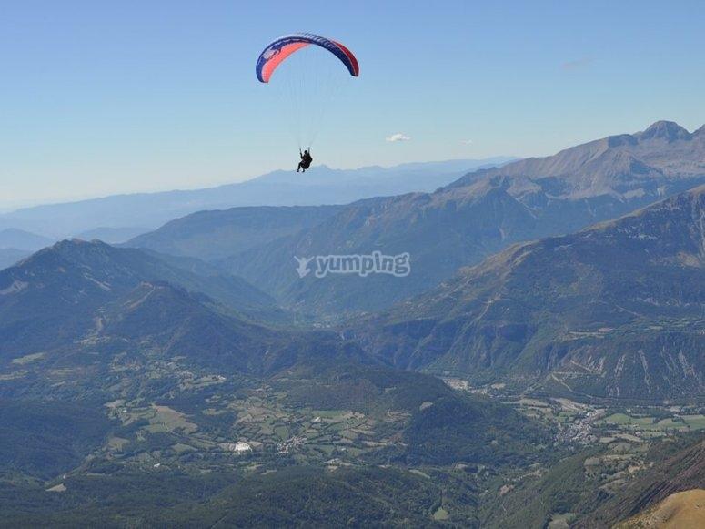 Experiencia de vuelo junto a Pirineos