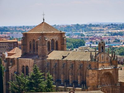 Literary Guided Route Through Salamanca 2h