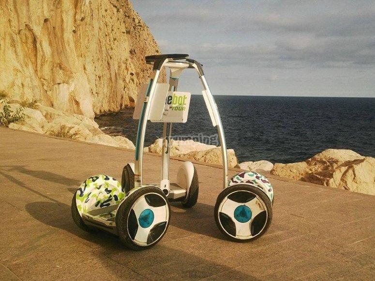 Ninebot junto al mar