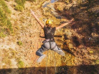 Bungee jumping in foto o video di Zalamea La Real