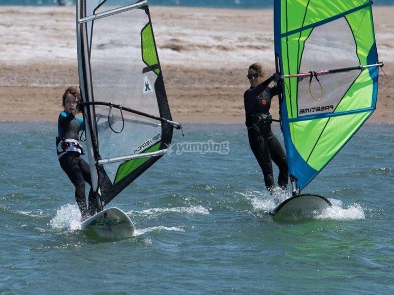 Corso di windsurf a Valencia